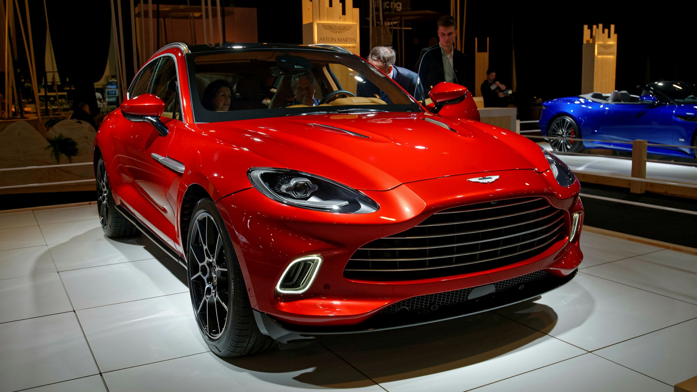Aston Martin Names Former Jlr Executive As Finance Chief Financial Times