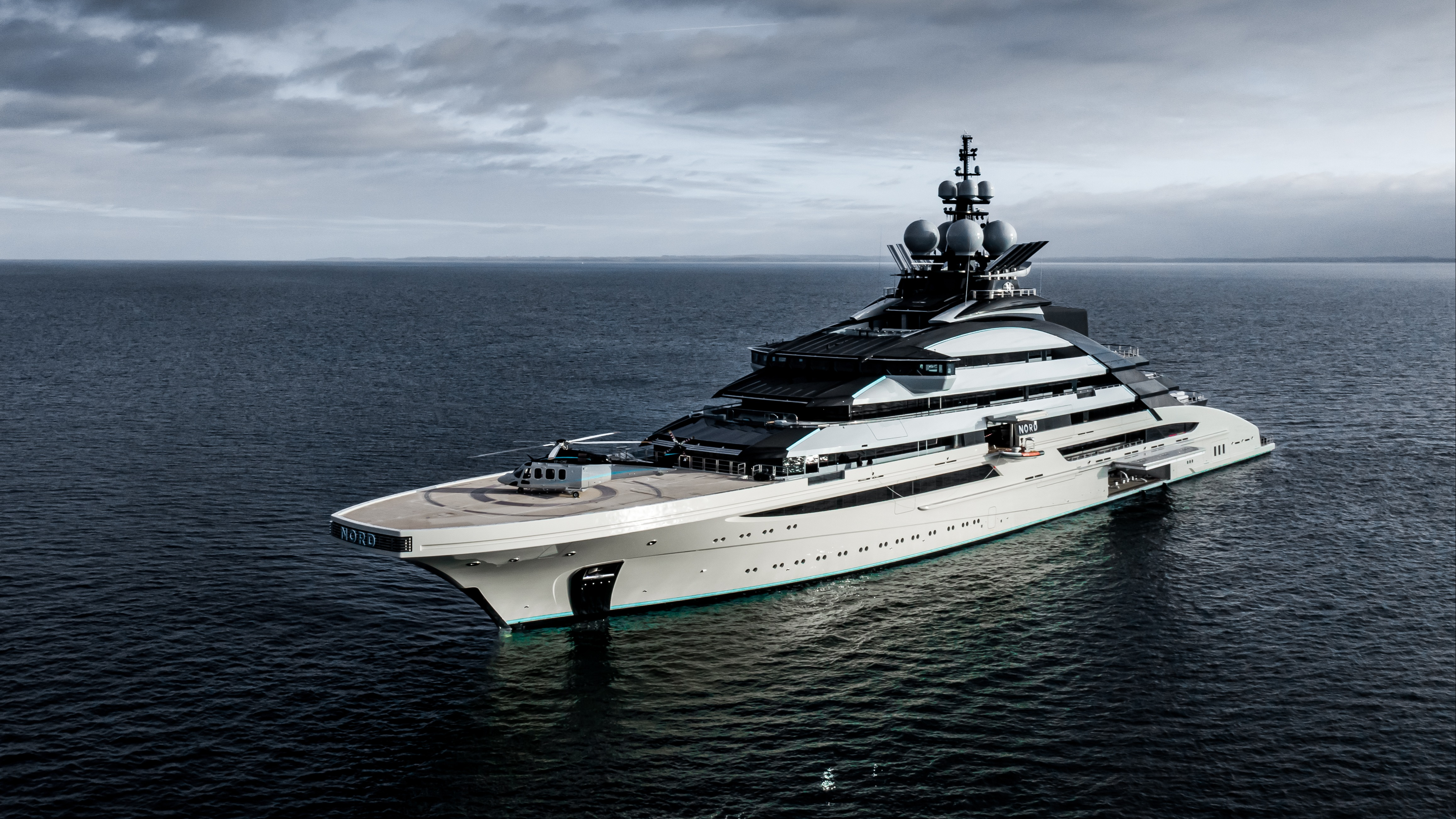 Would you like a ski room with that' On board the new superyachts ...