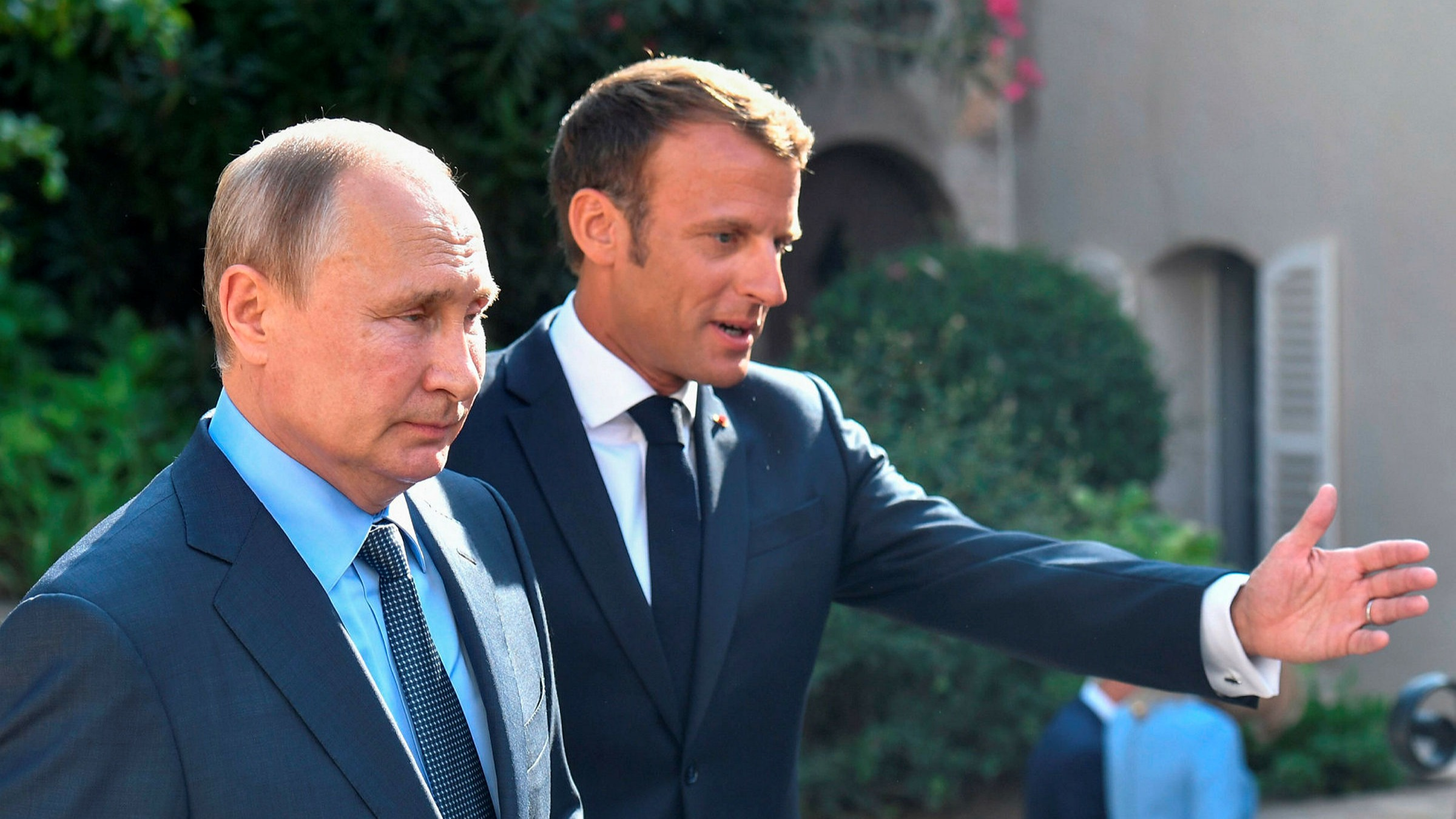 Macron S Rapprochement With Putin Is Not Worth It Financial Times