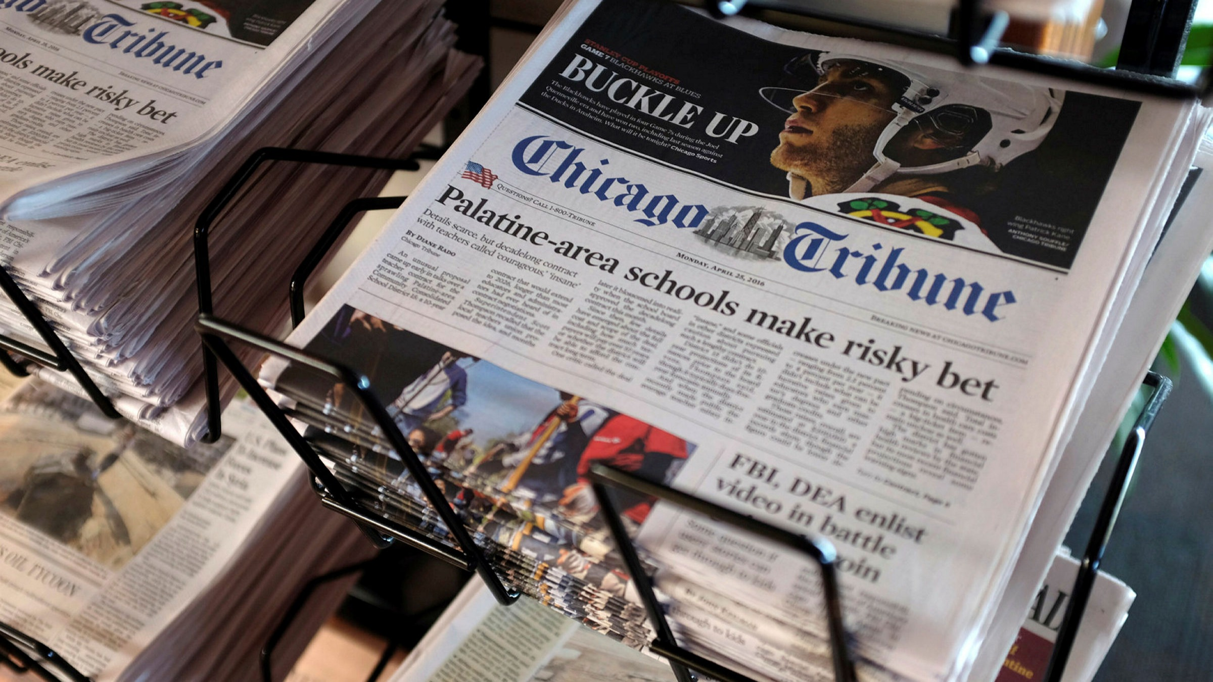 ft.com - Anna Nicolaou in New York - Control of Tribune media group looks set to go to hedge fund