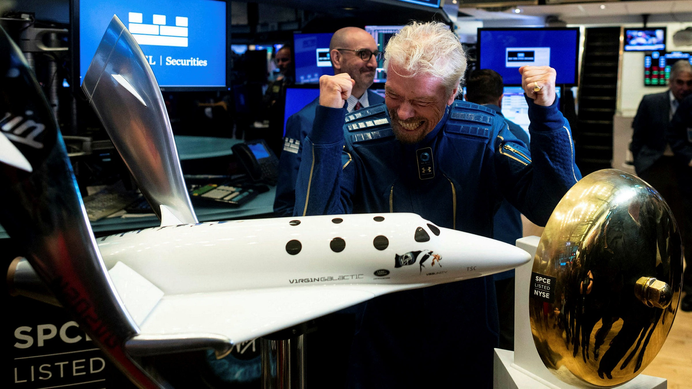 Richard Branson poised to beat Jeff Bezos into space | Financial Times
