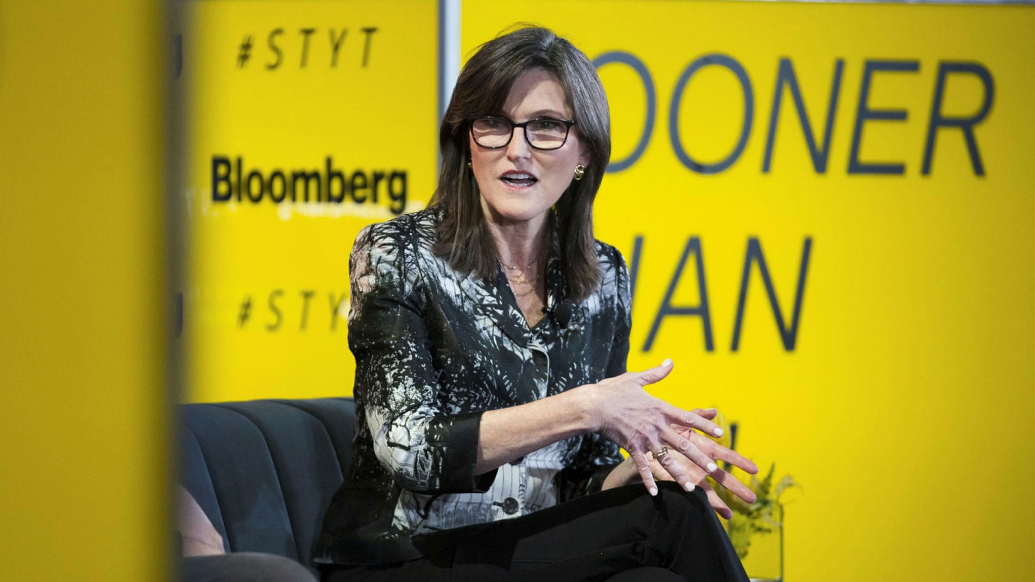 Ark's Cathie Wood dismisses bubble talk and Tesla doubters | Financial Times