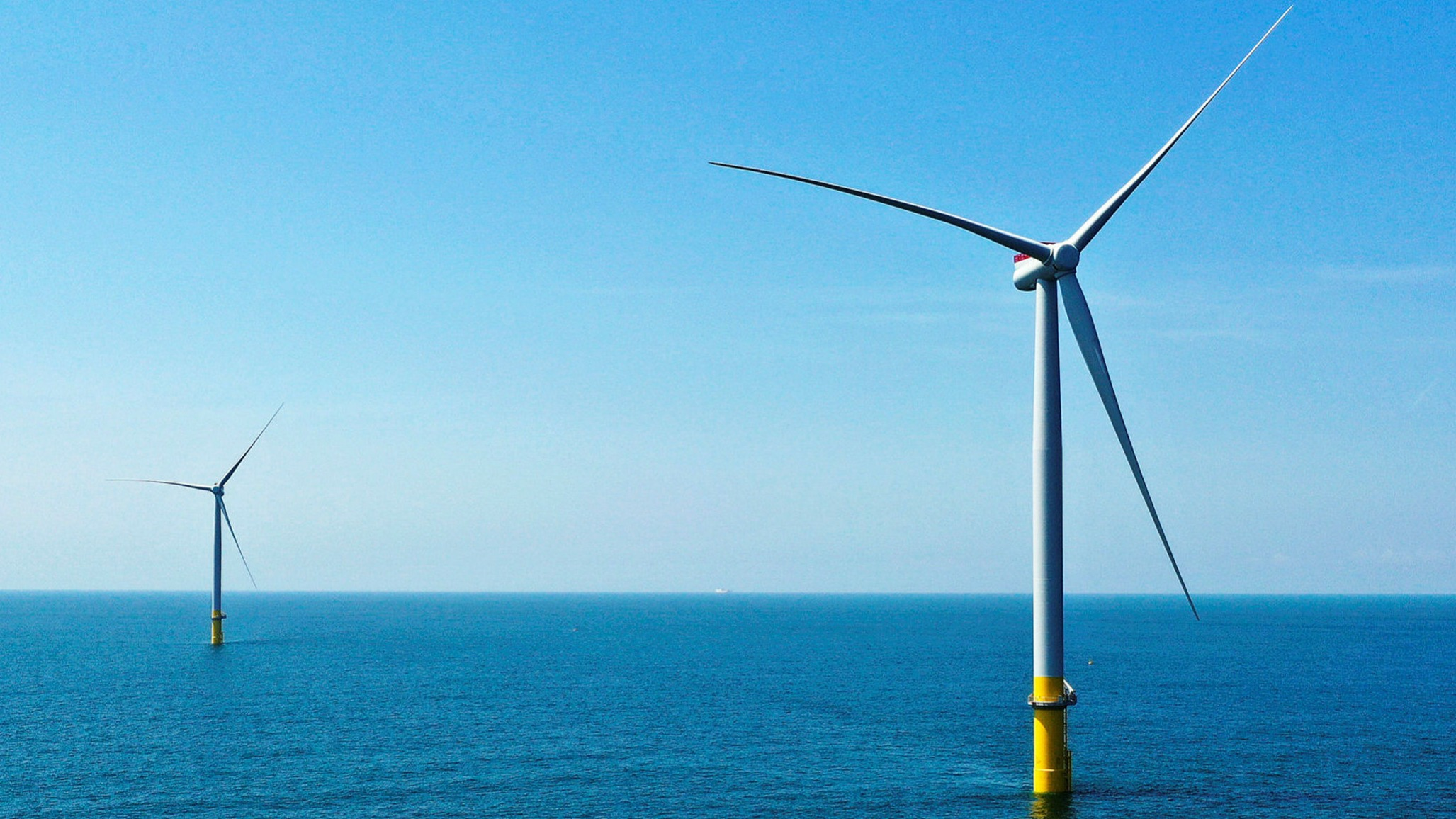 ft.com - Gregory Meyer in New York - US offshore wind power spending has oil in its sights