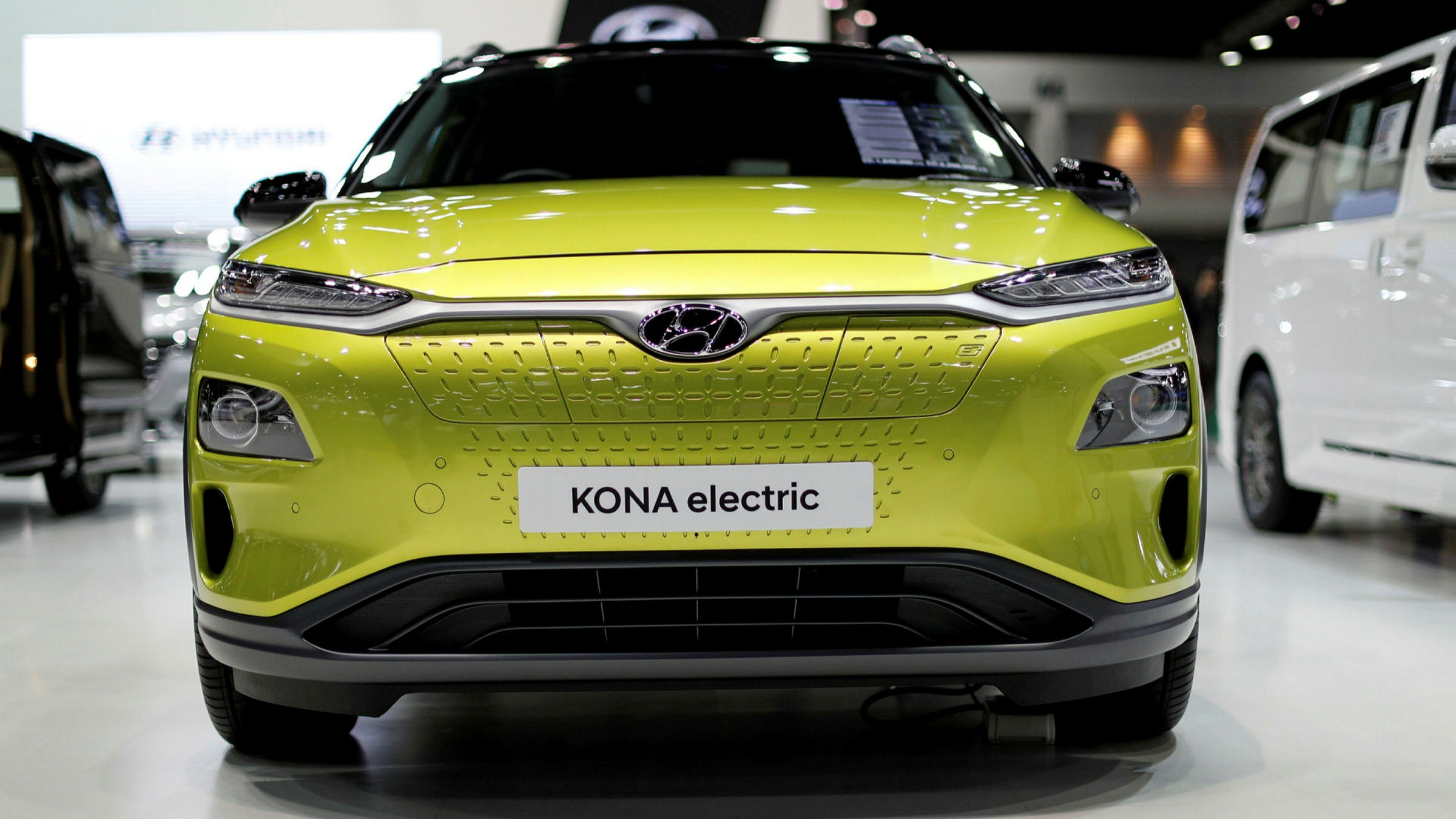 ft.com - Chris Nuttall in London - Electric cars' bumpy ride