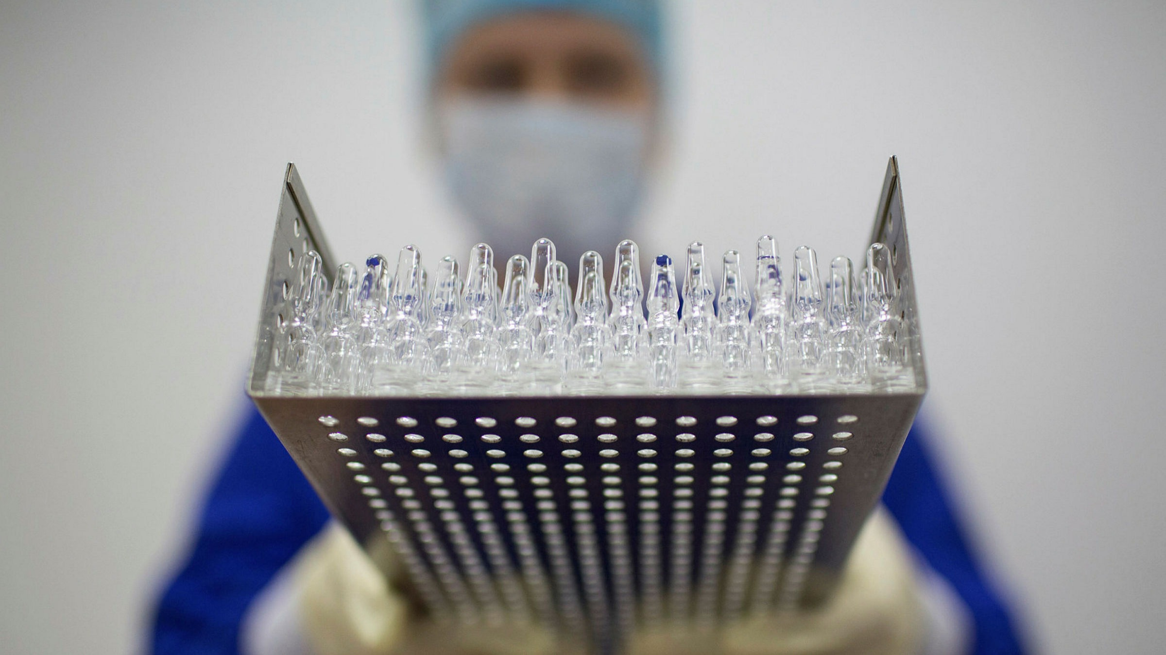 West's response to Russian vaccine owes as much to geopolitics as ...
