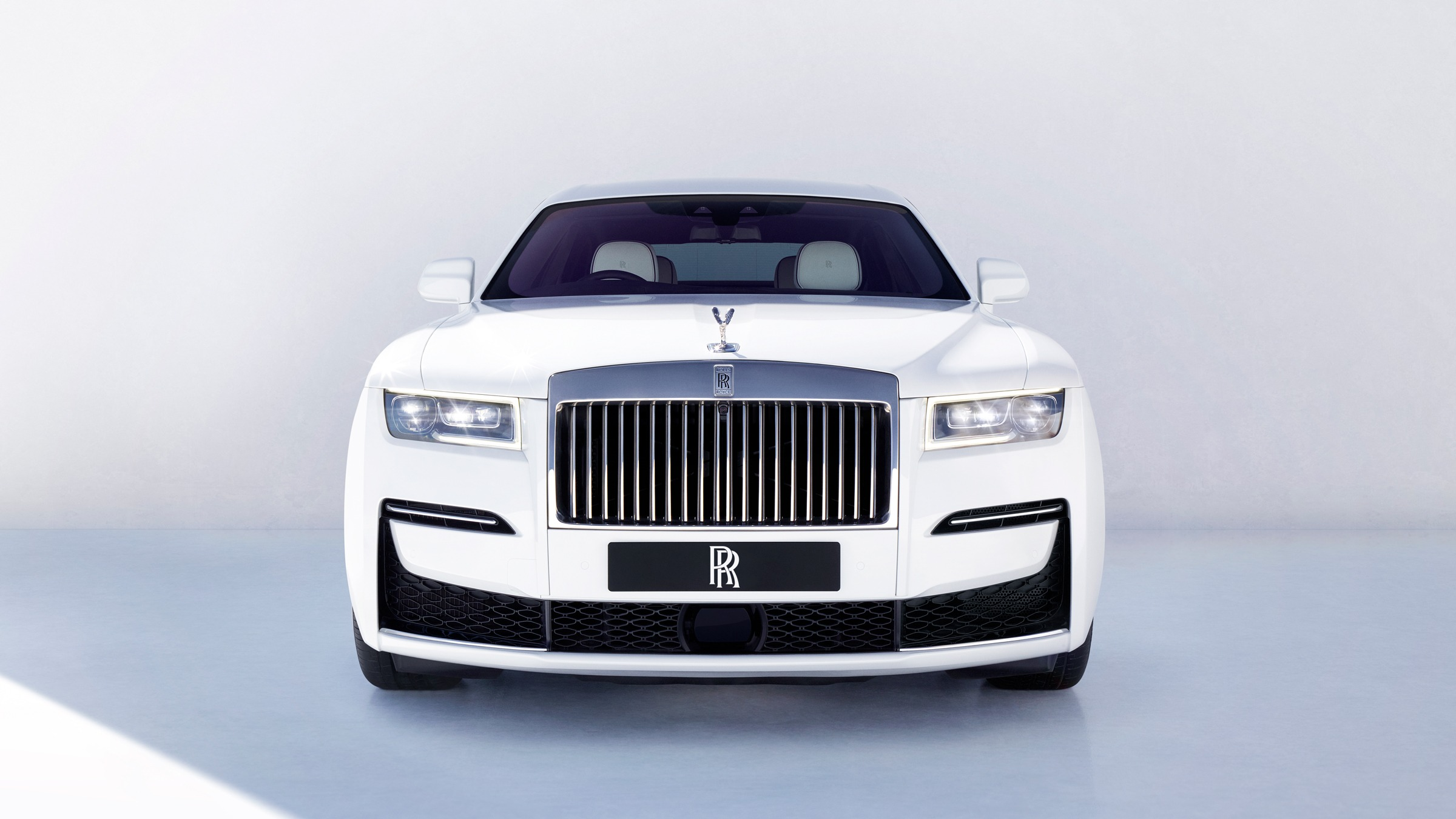 The New Rolls Royce Ghost A Car For The Post Opulent Generation Financial Times
