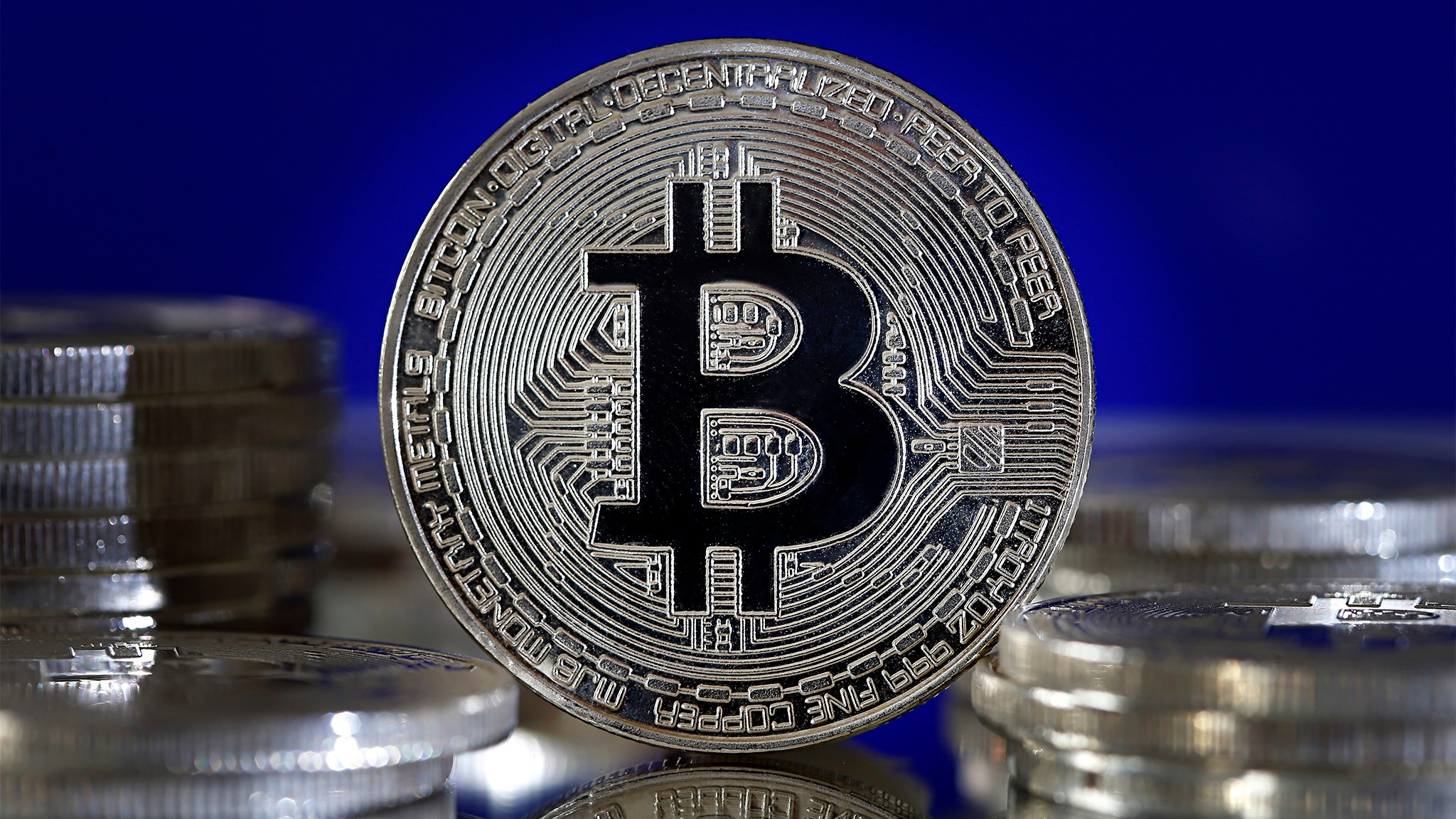 """Koks skirtumas tarp """"Bitcoin"""" piniginės ir """"Exchange""""?"""