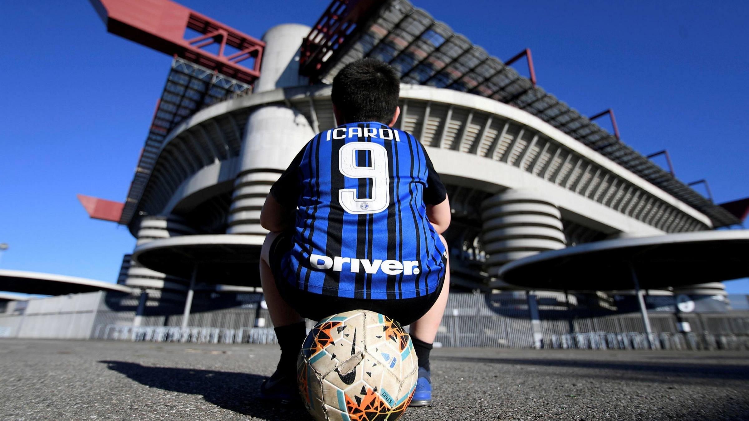 Buyout Groups Team Up In 13bn Battle For Italy S Serie A Financial Times
