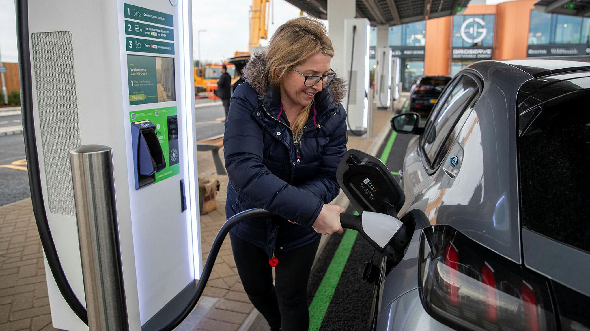 ft.com - Nathalie Thomas in Edinburgh and Peter Campbell in London - EV charging groups race to meet UK's 2030 petrol and diesel car sales ban
