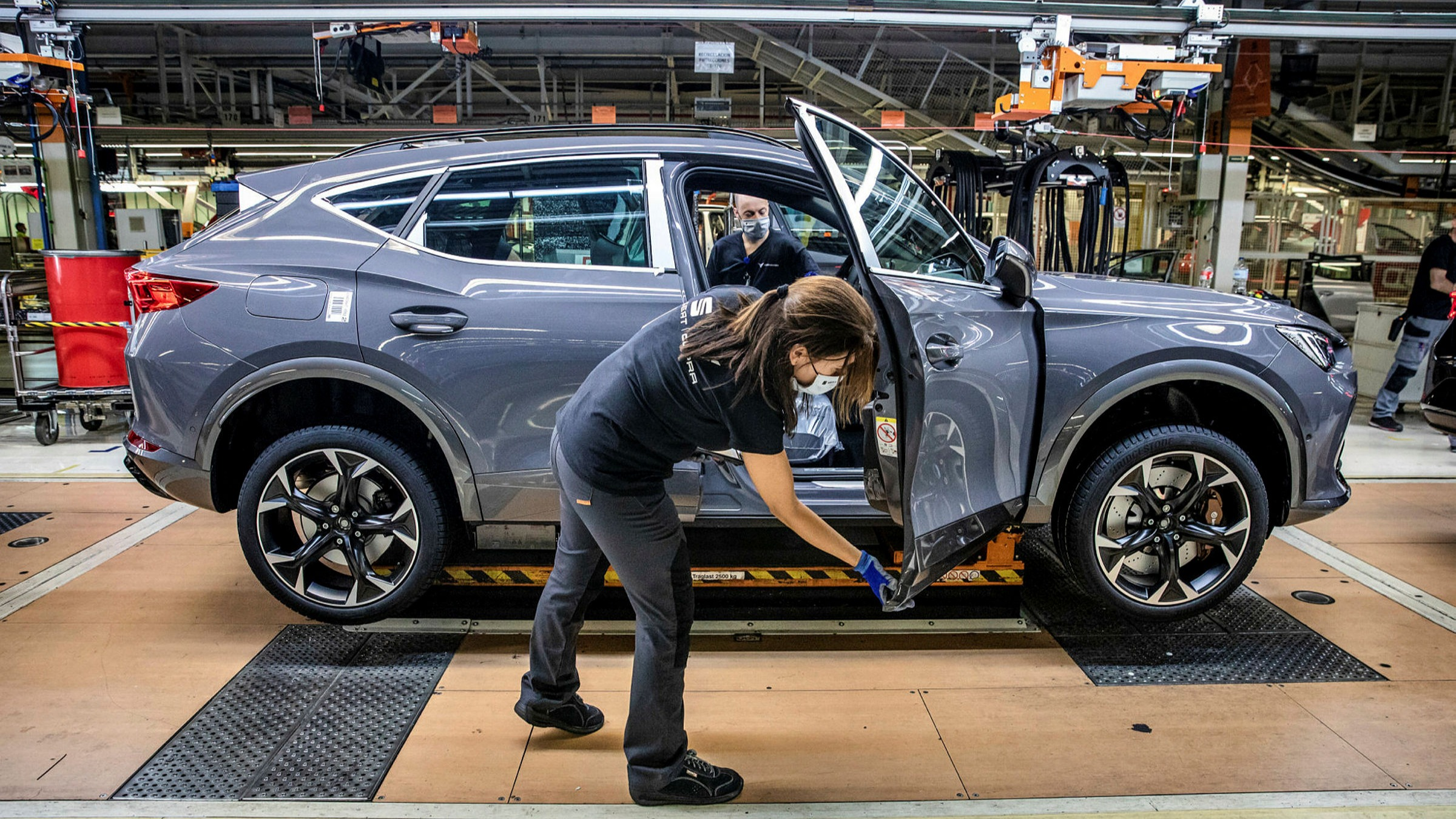 HIGHLIGHTED SPAIN REGULATIONS IN CAR SECTOR