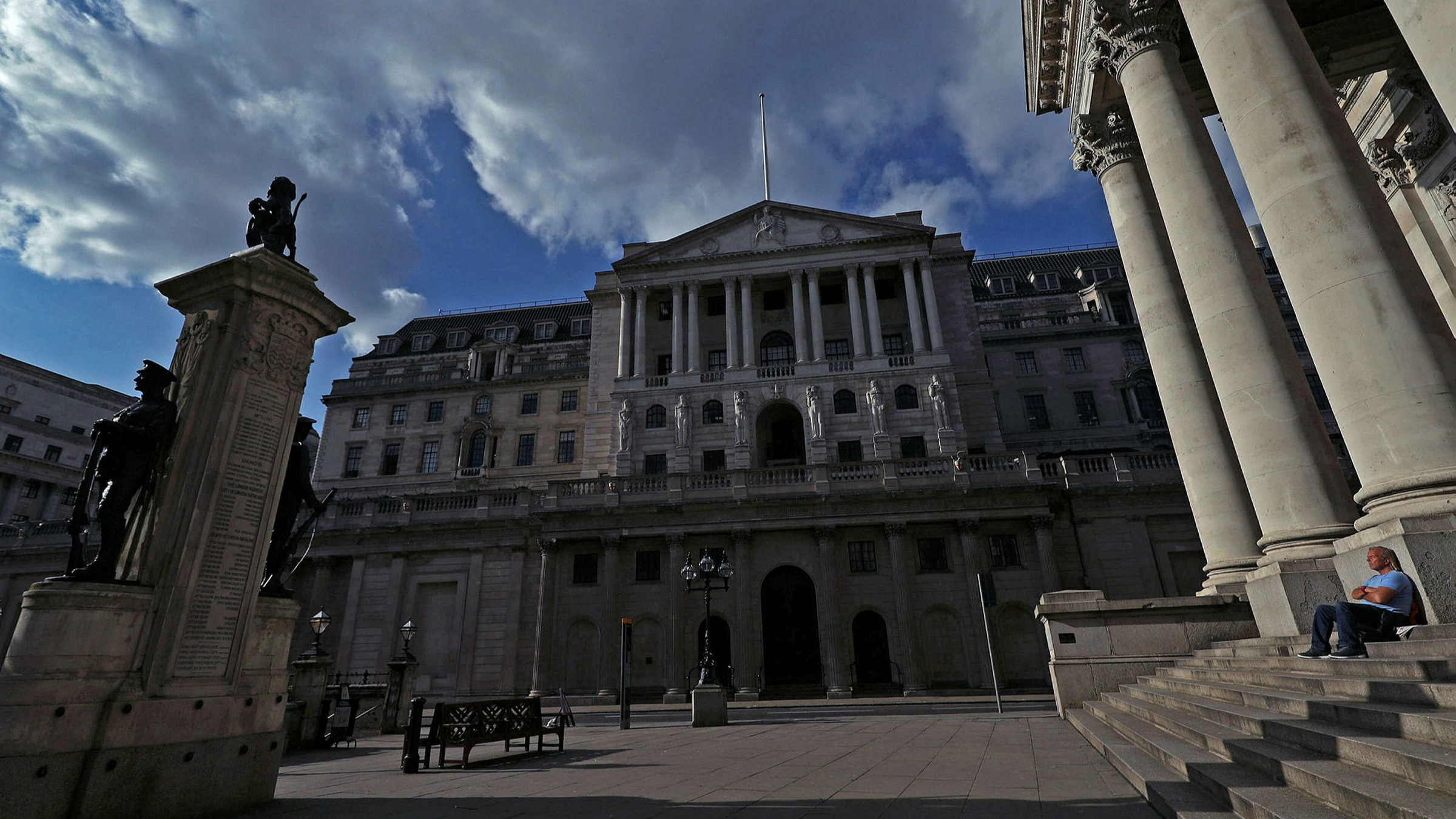 Bank Of England To Directly Finance Uk Government S Extra Spending Financial Times
