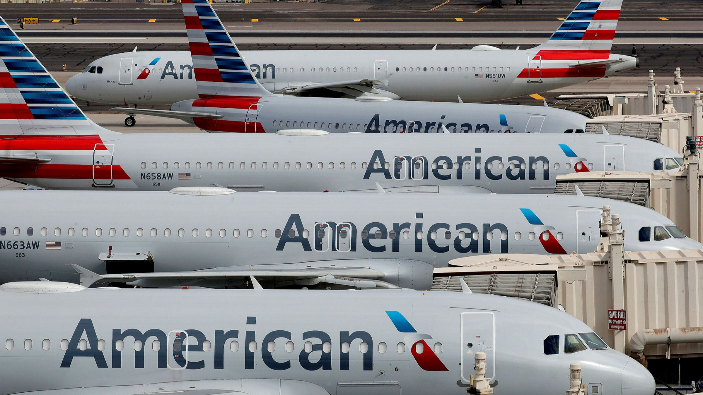 American Airlines could have over 20,000 excess employees | Financial Times