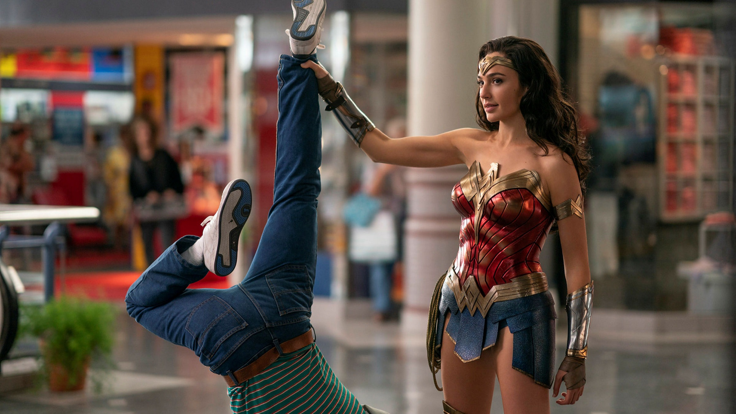 Wonder Woman 1984 — the heady escapism we need right now | Financial Times