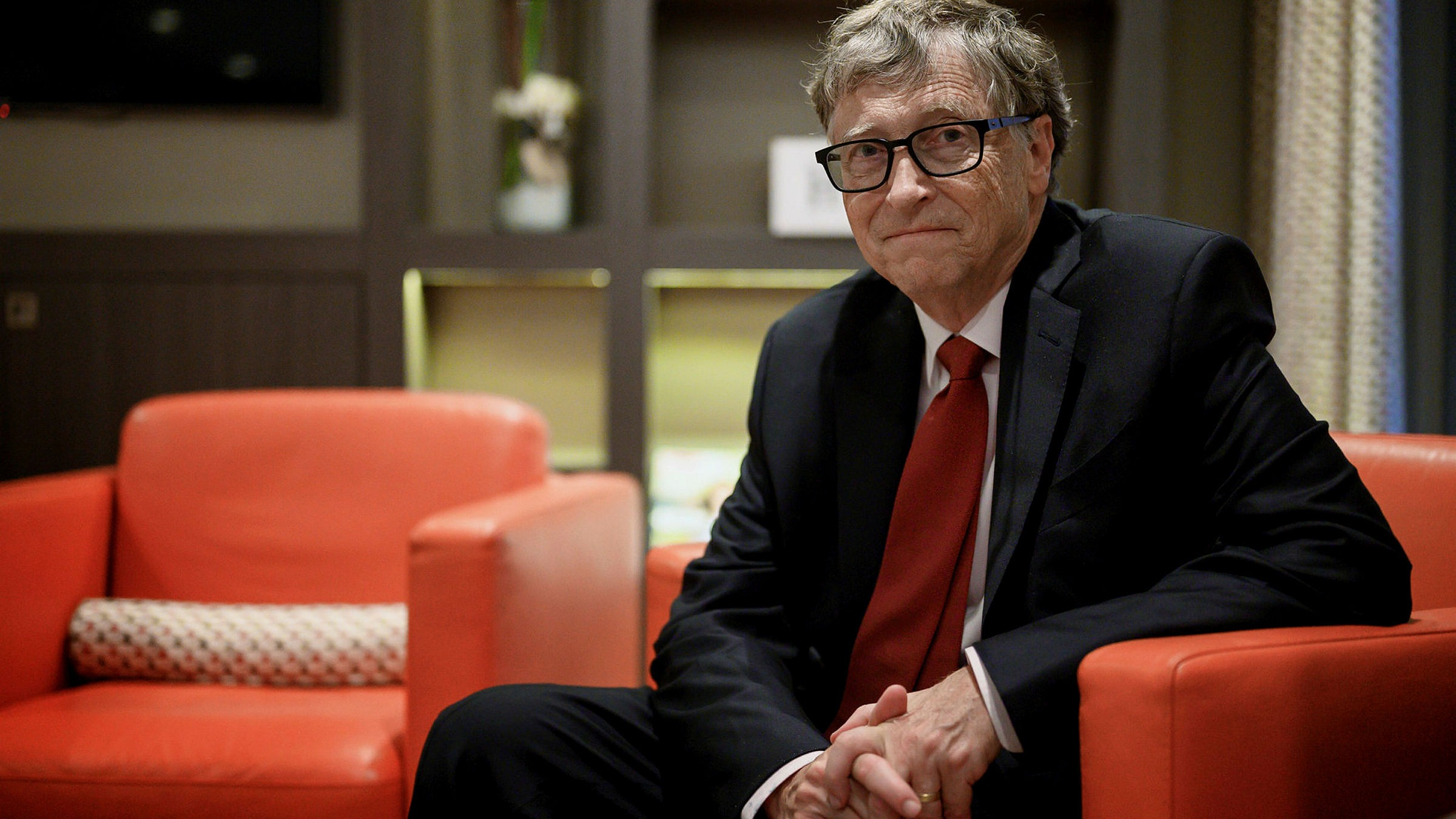 Gates Foundation to concentrate on coronavirus