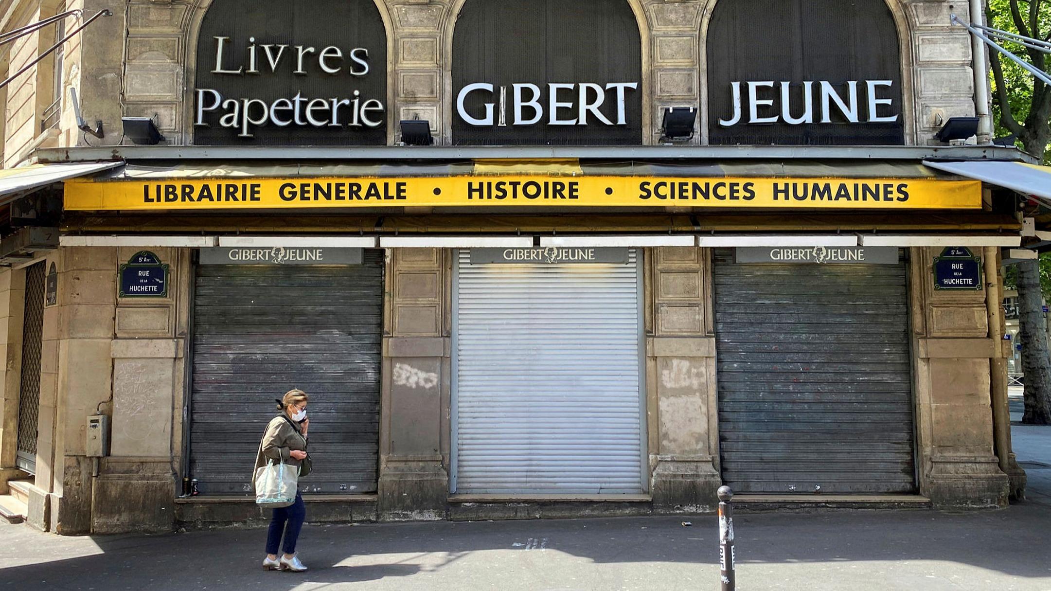 ft.com - Leila Abboud - Troubles of famed Paris bookshop expose French retail shift